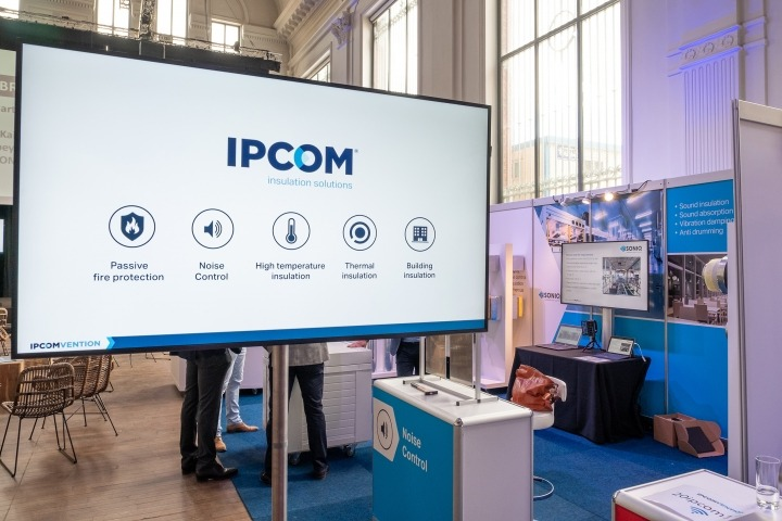 IPCOM group - Moving Forward Together